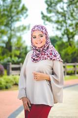De Iman (ZaCk.hOyA) Tags: nikon portraiture shawl d90 flickrunitedwinner