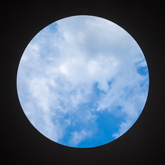 james turrell - within without - 0196 (liam.jon_d) Tags: sky sculpture abstract art geometric circle artwork artist hole australian australia nationalgallery jamesturrell round canberra ang act circular sculptor skyview turrell australiancapitalterritory capitalcity nationalcapital skyspace earthart withinwithout australiannationalgallery billdoyle skyhole