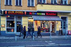 Berlin, Prenzlauer Berg (Fliwatuet) Tags: berlin germany de deutschland pub panasonic ostern kneipe prenzlauerberg eberswalderstr m43 mft em5 20mm17 olympusomd
