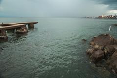Vista de Montevideo desde la rambla, a la altura del Parque Rod (tulel) Tags: muelle tormenta rambla parquerod montevodeo