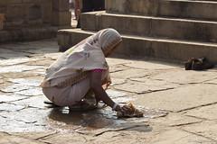 Entrega (lourdescasas.photo) Tags: viaje india retrato kamasutra khajuraho 2016