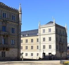 Ehrenburg castle in Coburg (:Linda:) Tags: castle germany bavaria town coburg bluesky franconia ehrenburg bluessky