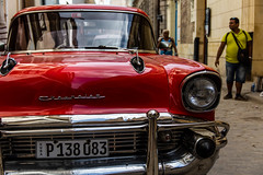 Havanna - Cuba (pesch.florian) Tags: street red chevrolet apple car candy cuba oldtimer havanna kuba