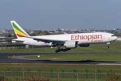 Ethiopian Cargo / B772F / ET-ARK / EBBR 01 (_Wouter Cooremans) Tags: aviation cargo 01 spotting bru zaventem ethiopian ebbr brusselsairport spotter airplanespotting avgeek b772f etark