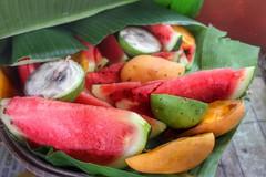Food Bokeh (Yabut_Ugly) Tags: food fruit foodporn mango watermellon 550d t2i