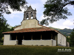 San Vicente de Serrapio / Aller - Romnica del siglo XII (Julio G.Gonzlez) Tags: espaa asturias aller serrapio