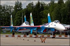 Su-27 Russian Knights (Pavel Vanka) Tags: plane airplane fighter russia aircraft jet airshow helicopter spotting spotter kubinka russianairforce uumb army2015