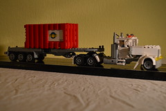 25 - White Long Nose Semi With Container Trailer (Buff83ST) Tags: city west scale wheel america truck out nose layout coast town us cabin long flat lego cab united transport style semi camion american hauling hood states minifig heavy load conventional loads trucking transporter sleeper fifth haul minifigure lkw hauler cabover flatnose schwertransport sattelschlepper auflieger sattelauflieger sattelzug 40tonner rmorque vierzigtonner
