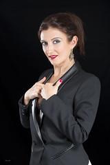 Manuela - 11 - Sesion 01 Captura-t (DGrimaldi) Tags: portrait sexy beauty fashion canon studio book model retrato style modelo lowkey mirada grimaldi sesin strobist clavebaja capturat 5dmarkiii ef70200mmf28lisiiusm dgrimaldi 5dmiii davidgrimaldi maryssnchez