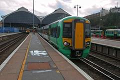 377617 (40011 MAURETANIA) Tags: train brighton transport southern emu britishrail unit 442 387 313 377 govia overallroof