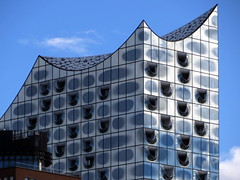 Elbphilharmonie / Elbe Philharmonic Hall (hhschueller) Tags: germany deutschland hamburg elbe duitsland hafencity urbandevelopment