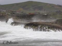P1020114 (Cintia Billmaier.) Tags: strand mar meer marejada playa welle ola cantabria suances arbolada lumixtz60