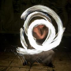 Burners-303 (degmacite) Tags: paris nuit feu burners palaisdetokyo