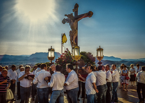 """(2014-06-27) - Bajada Vía Crucis - Luis Poveda Galiano (02) • <a style=""""font-size:0.8em;"""" href=""""http://www.flickr.com/photos/139250327@N06/24983921723/"""" target=""""_blank"""">View on Flickr</a>"""
