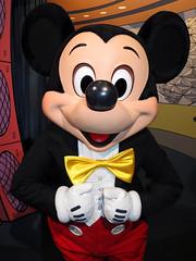 Mickey Mouse (meeko_) Tags: mickey mouse mickeymouse characters disneycharacters epcotcharacterspot innoventions futureworld epcot themepark walt disney world waltdisneyworld florida