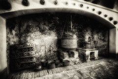 un tempo era cos ... (Roberto Defilippi) Tags: bw italy castle italia bn piemonte past castello piedmont manta rodeos passato nikond7100 232016