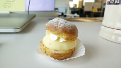 Best way to celebrate, cream puff! #clairs (Deven Panchal) Tags: french celebrate creampuff eclairs clairs