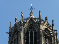 Zoom on the top of the Dom Tower, part of our cathedral in Utrecht. (TeenyWeenyDesign/Adrianne) Tags: utrecht domtoren cathedral oldbuildings domtower