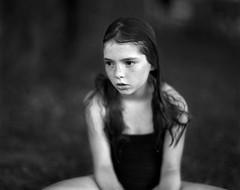 pola (apasz) Tags: portrait film girl 25 200 4x5 largeformat graflex speedgraphic foma aeroektar 178mm kodakaeroektar