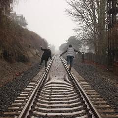 Nuove direzioni, con nuovi sguardi (da @unsplash) ~ 2016 (Ecosin) Tags: del treno binari