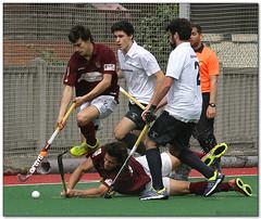 Hockey - 52 (Jose Juan Gurrutxaga) Tags: hockey field sansebastian atletico hierba egara belar file:md5sum=6bddbe13924690736a0909ebc2162a4c file:sha1sig=00ae95840f1be37f5be7d13ad8db0c8f3dd978a2