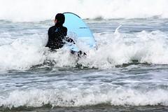 Somewhere Only We Know (eugeniazabar) Tags: ocean sea water girl friend surf surfer surfboard aupair surfergirl clearblue