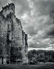 Donjon, Bothwell Castle (wwshack) Tags: scotland historicscotland lanarkshire bothwell donjon bothwellcastle