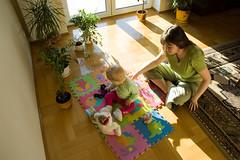 DSC_3404.jpg (Kaminscy) Tags: mom fun toy room sunny teddybear zabawa pokoj slonce zabawka kingakamiska