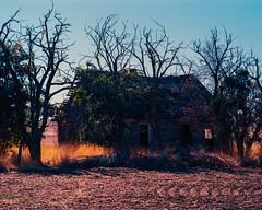 Forgotten Existence (Pedalhead'71) Tags: house abandoned washington goldendale pentax6x7 kodakektar100 epsonv800 silverfast8
