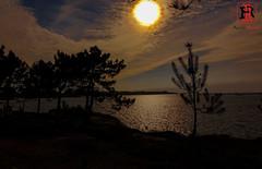 09930-24 de marzo de 2016 (Tres-R) Tags: sunset espaa contraluz landscape spain paisaje galicia ocaso pontevedra riasbaixas backlighting oceano airelibre tresr sonyrx10 rodolforamallo sanviventeogrove