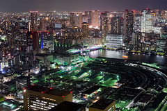 City Light (Ted Tsang) Tags: longexposure bridge japan skyline night reflections landscape tokyo boat ship cityscape nightscape olympus tsukiji     kachidoki minato shiodome observationdeck em1 lighttrail    carettashiodome  voigtlandernokton25mmf095