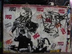 graffiti, Leake Street (duncan) Tags: graffiti bennaz leakestreet