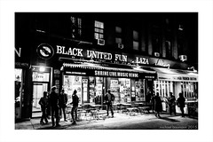 Shrine Live Music Venue in Harlem New York (michael baumann) Tags: music newyork shrine harlem livemusic jazz worldmusic musicvenue musicbar michaelbaumann shrineharlem