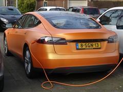 2013 Tesla Model S (harry_nl) Tags: orange netherlands utrecht models nederland mercedesbenz tesla electriccar 2016 sidecode8 8sgn13