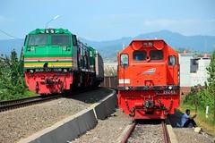 Duos CC 203 feat KA Pulp VS Duos CC 202 feat KA Babaranjang (Muhamad Adlil) Tags: 3 cc api 202 203 kereta tanjung lampung karang sumatera selatan lokomotif divre