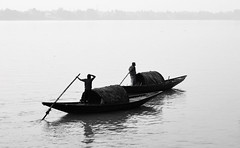 A pair venturing into high tide.. (draskd) Tags: blackandwhite bw monochrome boat fishing fishermen boating hightide ganges