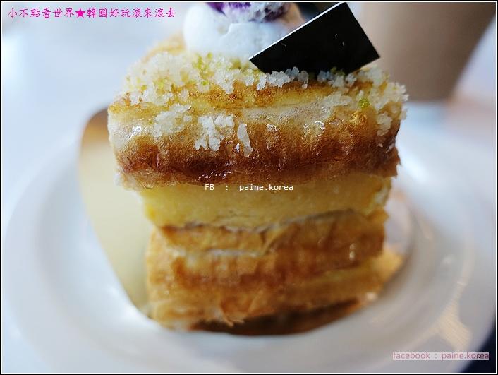 梨大COCOON Cafe 千層蛋糕 (12).JPG