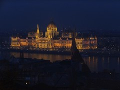 Made of Gold... (nenneck) Tags: night gold europe hungary budapest parliament neogothic danube