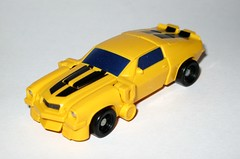 bumblebee transformers the movie legends class hasbro 2007 alt camaro car vehicle mode (tjparkside) Tags: car yellow movie robot transformer alt class camaro bumblebee transformers legends vehicle mode legend 07 autobot legion alternate hasbro 2007 autobots