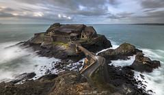 Aprs la pluie ... vient le Breton (Breizh) (Mathulak) Tags: fort pluie bretagne breizh chateau breton crozon presquile poselongue ilot capucins nd1000 roscanvel