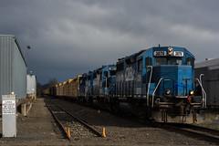 Coos Bay Hauler (Tom Trent) Tags: diesel eugene locomotive freight lumber coosbay emd gp38 gp30 bertelsen cbrl