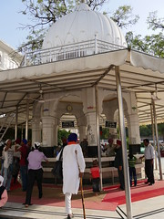 SikhTempleNewDelhi023 (tjabeljan) Tags: india temple sikh newdelhi gaarkeuken sikhtemple gurudwarabanglasahib