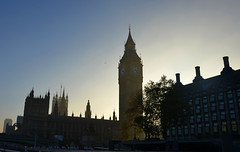 Low sun at Westminster (DncnH) Tags: light sunset london westminster housesofparliament parliament bigben westminsterpier
