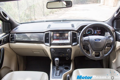 2016-Ford-Endeavour-2.2-12