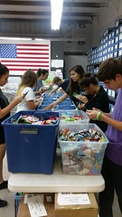 "Volunteer Day with National Honor Society - Somerset Academy • <a style=""font-size:0.8em;"" href=""http://www.flickr.com/photos/58294716@N02/26261075715/"" target=""_blank"">View on Flickr</a>"