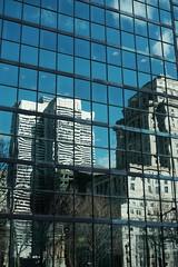 DSCF0352 (jlborja66) Tags: montreal streetphotography fujifilm placevillemarie sunlifebuilding pvm jaimeborja fujinon35mmf20 xe2s