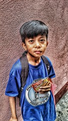 HDR using Mobile - Boy Boy Adriano (sunokie) Tags: street mobile philippines hdr taguig nokie casido