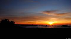 Les Ilots (Isabelle Photographies) Tags: france point soleil bretagne ombre crpuscule sant rocher malo cancale couche solhouette meinga