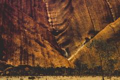 IMG_5902 (gaujourfrancoise) Tags: rock australia unescoworldheritagesite sacred uluru aboriginal monolith redcenter sacr northernterritory australie ayersrock anangu inselberg gaujour