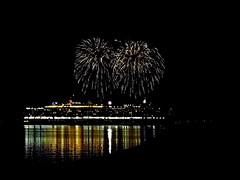 Queen Elizabeth covered in fireworks (Hythe Eye) Tags: fireworks southampton cunard queenelizabeth southamptonwater worldcruise